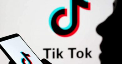 US judge blocks Trump administration's TikTok app store ban